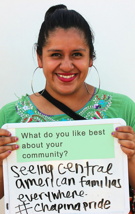 Las Fotos Project hosted a Photo Booth Workshop, where participants were prompted with a series of questions about their communities