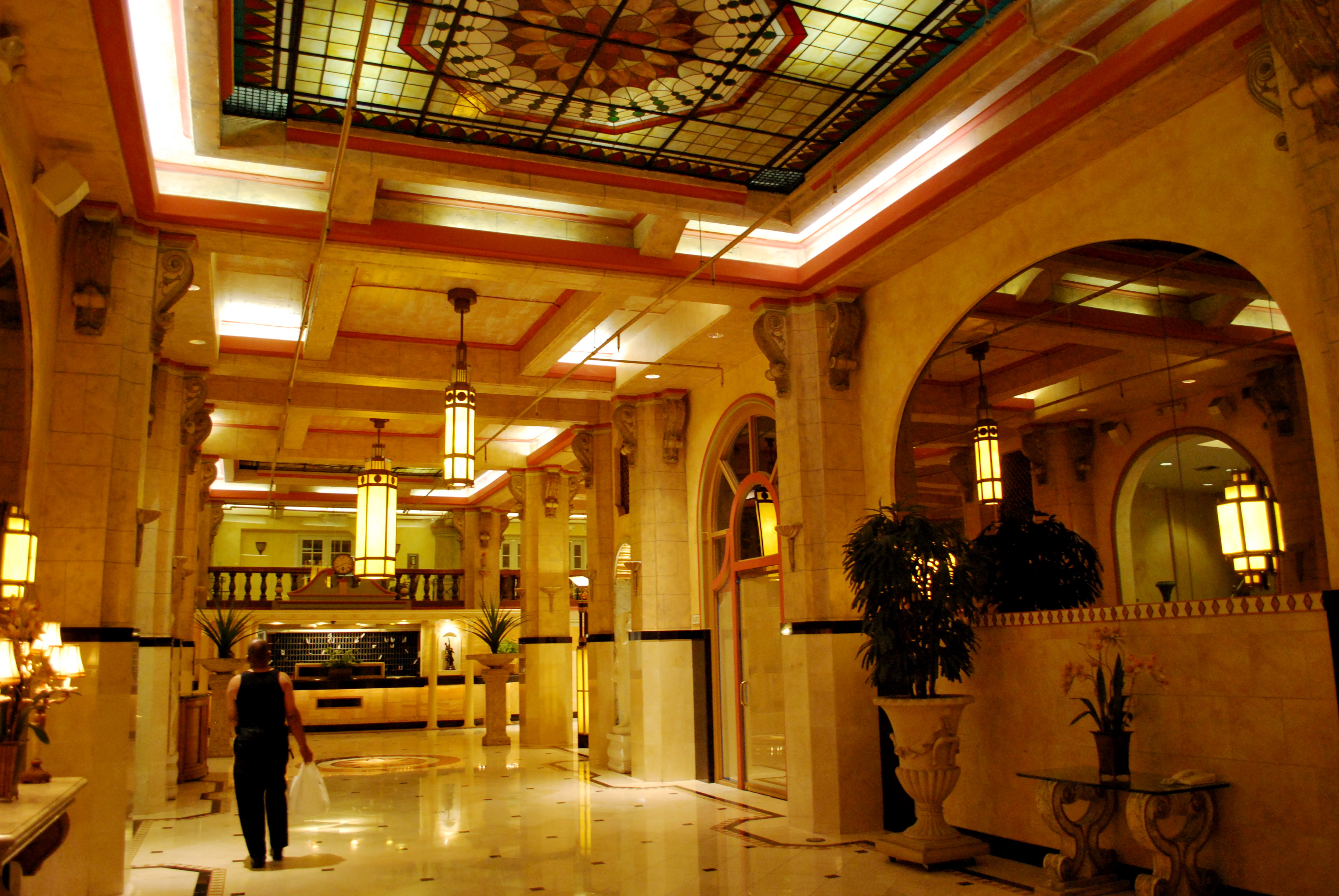 The Suicide': The Hotel Cecil and the Mean Streets of L A 's