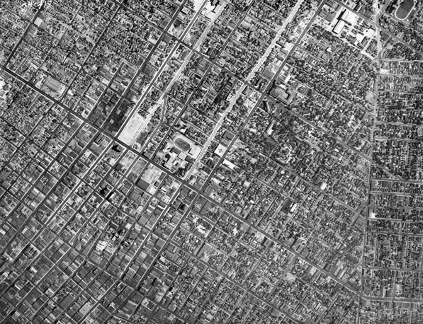Diagonal streets in 1939 aerial photograph of Los Angeles show clashing grids. Courtesy of the California Historical Society Collection, USC Libraries.