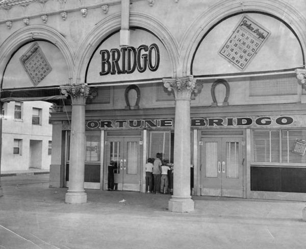 Bountiful Beach Bridgo parlor building, future home of The Gas House, 1948 | Los Angeles Public Library
