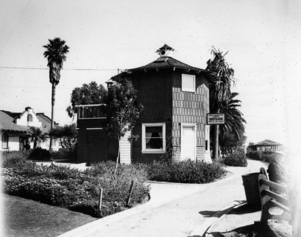 Camera Obscura and Adult Recreation Center, 1937 | Security Pacific National Bank Collection, Los Angeles Public Library