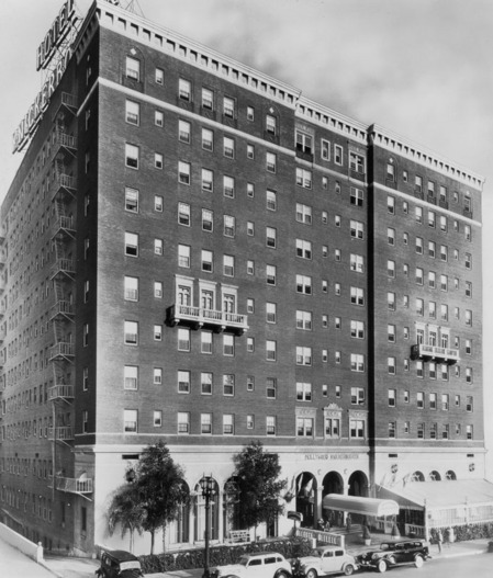 The Knickerbocker Hotel, 1938 | Security Pacific National Bank Collection, Los Angeles Public Library