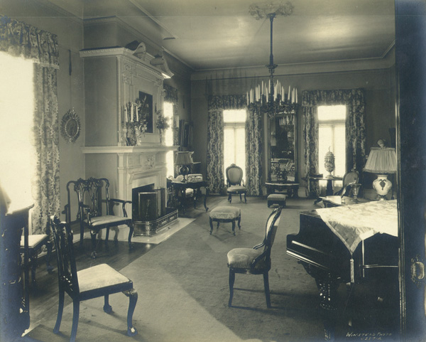 Dining room of the Banning House, ca. 1886 | Photo: Property of Friends of Banning Museum