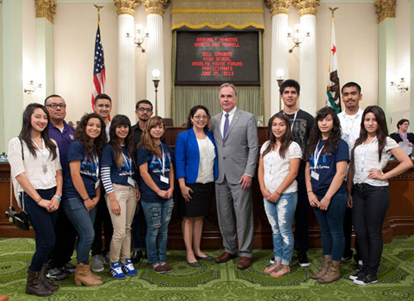 Bell Gardens High School Arsalyn Youth Forum in Sacramento with Assemblymember Garcia | Photo: Assemblymember Garcia's website