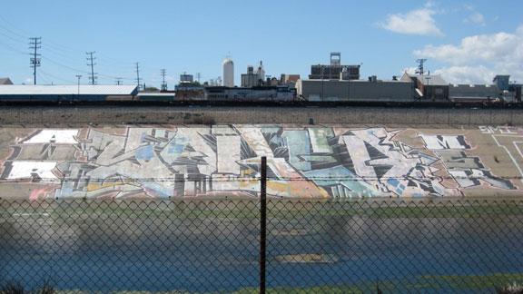 downtownbridges_graffiti