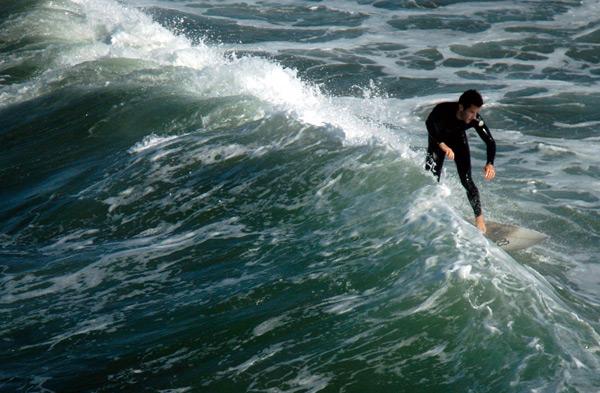 VFG_Recreation_Surfing.jpg