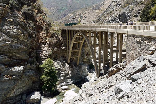 The Bridge to Nowhere   Photo: Yosuke Kitazawa