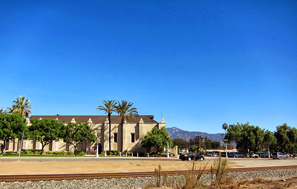 The San Gabriel Mission today, with the mountains seen on the right. | Photo: Daniel Medina