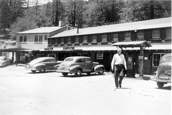 Newcomb Ranch Inn, 1930s | Photo Courtesy of Robyn Newcomb