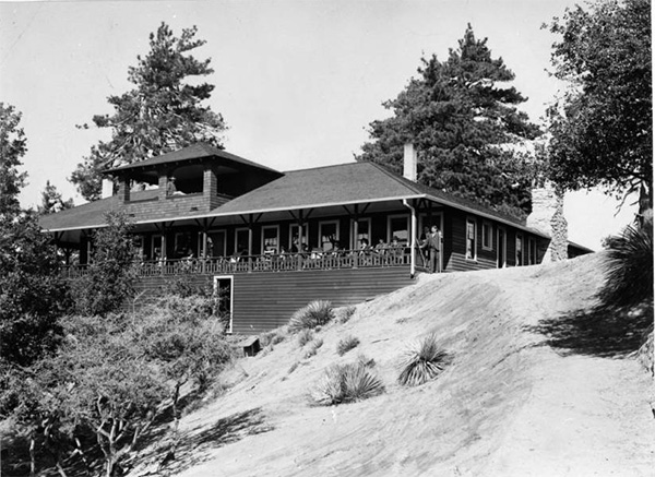 Exterior view of a tavern at Wilson's Peak, ca.1900 | Digitally reproduced by the USC Digital Library; From the California Historical Society Collection at the University of Southern California