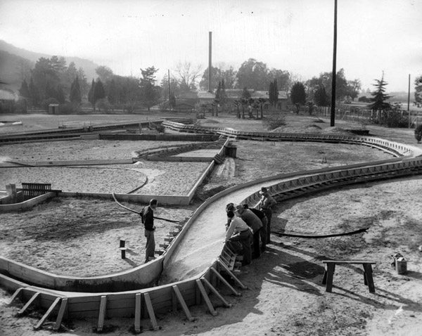 Engineers are seen using models for their flood control projects, 1948. Courtesy of the Los Angeles Public Library.