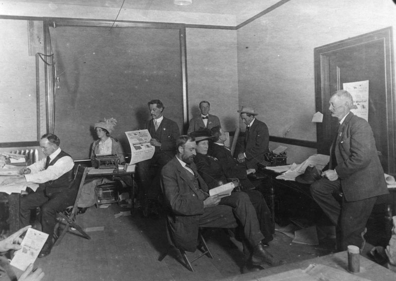 Interior view of the Los Angeles office of the Socialist Party in 1911. Photo courtesy of the Los Angeles Public Library.