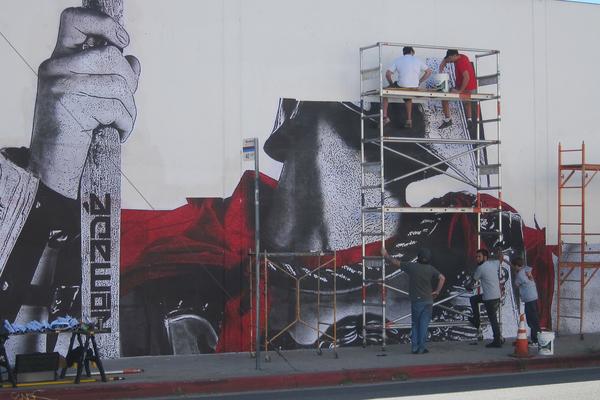 Building an Empire I Photo: L.A. Freewalls Project