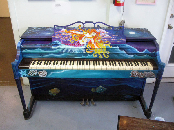 pianoauction01-thumb-600x450-28213