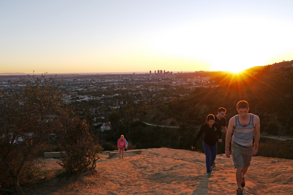 Runyon Canyon hikers, likely unaware of the strange history of its next-door neighbords | Photo by Yosuke Kitazawa