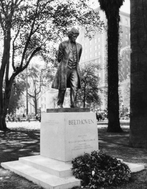Beethoven in Pershing Square, ca. 1930s | Courtesy of the Los Angeles Public Library