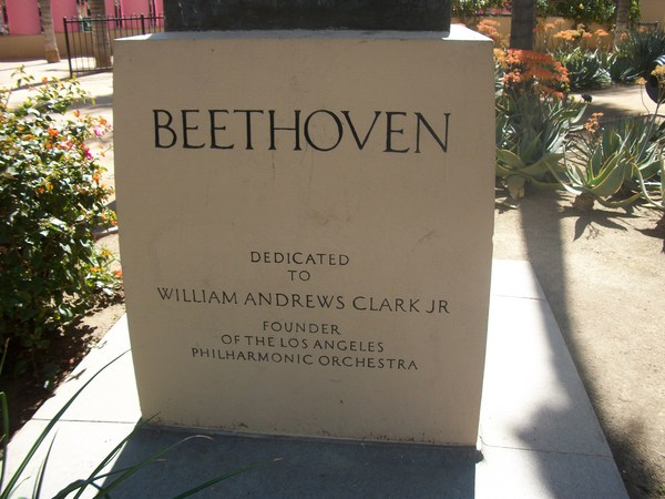 Unappreciated Beethoven in Pershing Square today | Photo by Hadley Meares
