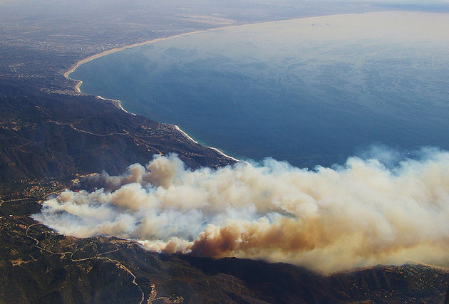 Southern Ca Fire >> Spitting Hot Fire: Malibu Wildfires and the Santa Anas | KCET