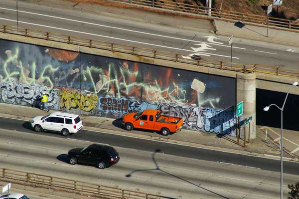 Caltrans taking a close look at John Wehrle's mural in December, 2009 I Photo by Ed Fuentes/viewfromloft