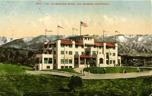Postcard depicts the Mt. Washington Hotel |
