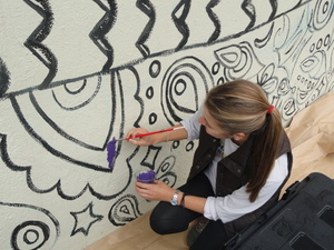 Art and non-art majors work together to make murals happen in Isla Vista