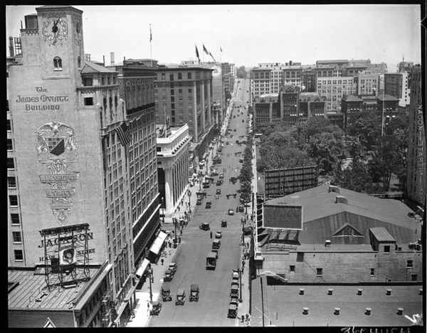 Panoramic view of Los Angeles looking north on Olive towards Pershing Square, with Oviatt Building to the left | California Historical Society Collection, courtesy of the USC Digital Library