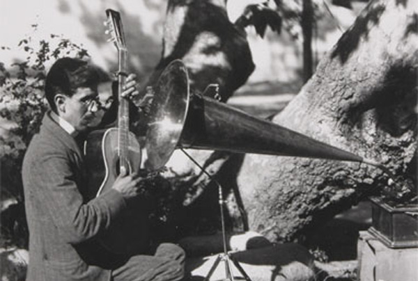 Rosendo Uruchurtu recording at El Alisal, 1904. Photo courtesy of The Autry National Center