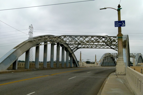 Current Sixth Street VIaduct has ''concrete cancer''