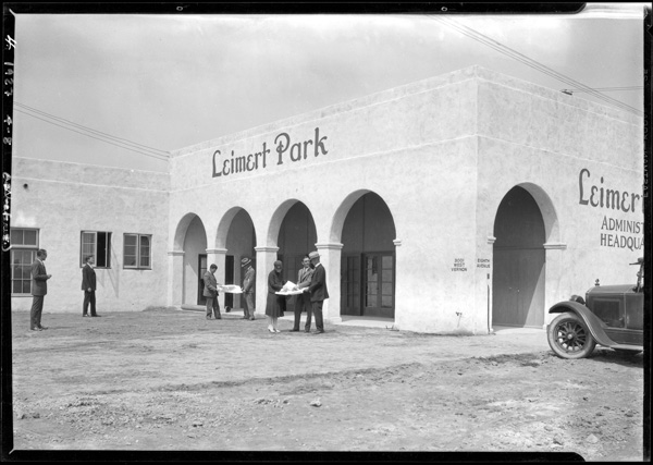 Leimert Park sales office, 1927 | Dick Whittington Studio, Courtesy of the USC Digital Library
