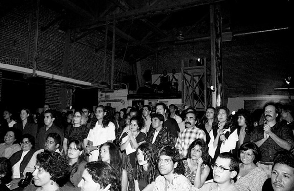 Mesmerized crowd at In the Red at Regeneracion, 1995. Photo courtesy of Antonio Garcia.