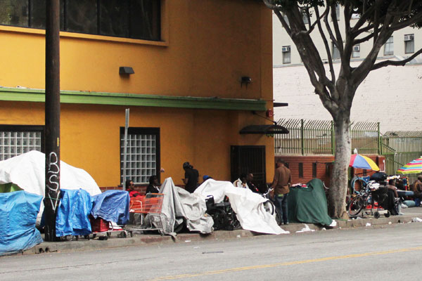 Skid Row Los Angeles | Photo: Adriana Widdoes