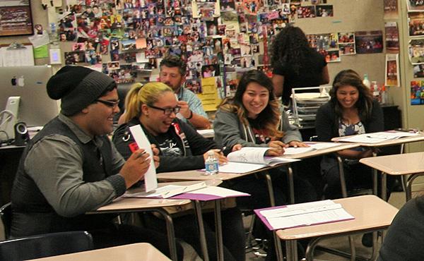 StudentsLauging2