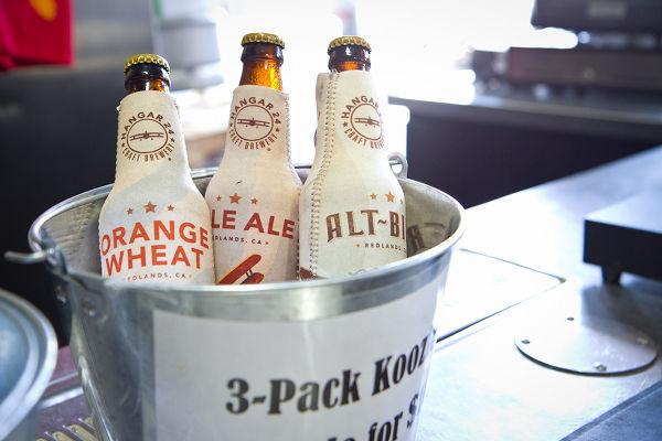 46044-5.19.12-Hangar24-Beer-Coozies