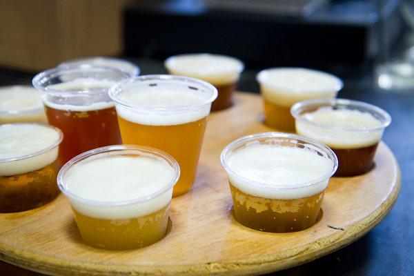 46044-5.19.12-Hangar24-Beer-Full-Tasting