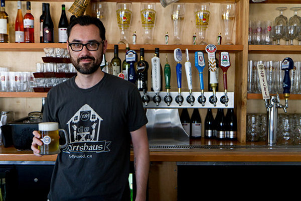 Wirtshaus-Bartender-Beer-091712