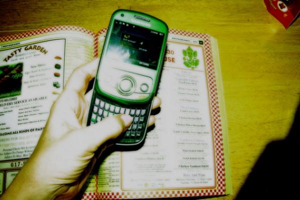 phoneapp1-600