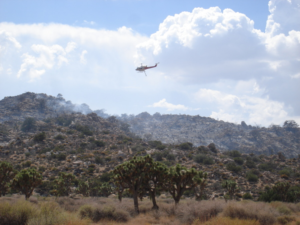 Helicopter-Drops-Water-on-Quail-Fire-8-16-12-thumb-600x450-34299