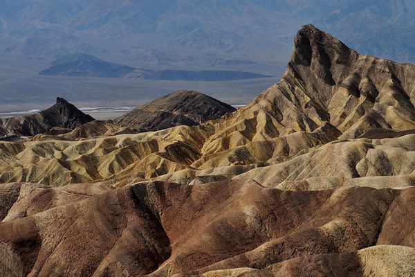 zabriskie-point-1-2-13-thumb-600x400-42758
