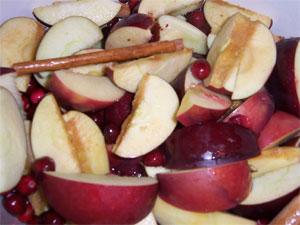 apples, cranberries & few cinnamon sticks