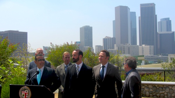 L.A. Mayor Antonio Villaraigosa and others announce a new study about climate change in the city and surrounding region at Vista Hermosa Park outside downtown L.A. | Photo: Zach Behrens/LCET