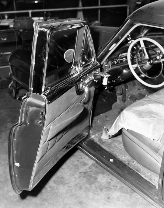 Cohen drove a heavily armored Cadillac with bulletproof windows. Courtesy of the Photo Collection, Los Angeles Public Library.