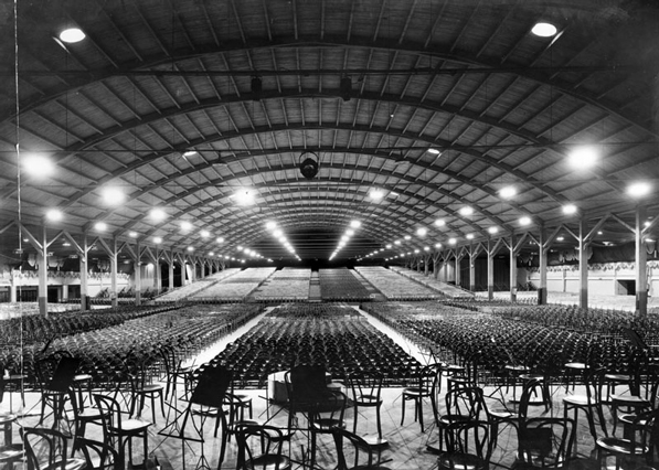 Interior of the Pan-Pacific Auditorium, set up for a musical concert. Courtesy of the Los Angeles Public Library Photo Collection.