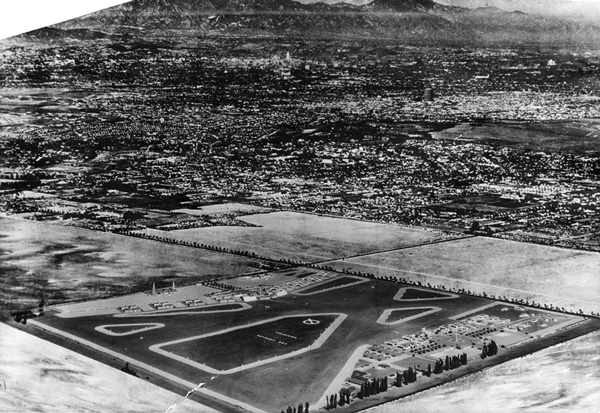 1939 aerial view of Mines Field before its transformation into Los Angeles Airport. Courtesy of the Herald-Examiner Collection, Los Angeles Public Library.