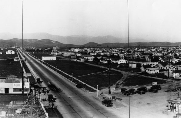 Same view of East Los Angeles in 1930, looking northeast from Whittier Blvd. and Atlantic Blvd. Courtesy of the Los Angeles Public Library Photograph Collection.