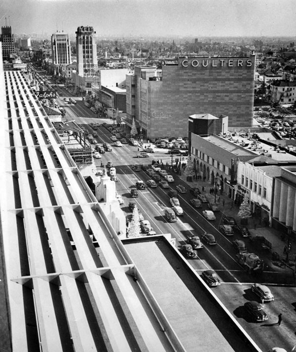 Circa 1950 view of the Miracle Mile. Courtesy of the Security Pacific National Bank Collection, Los Angeles Public Library.