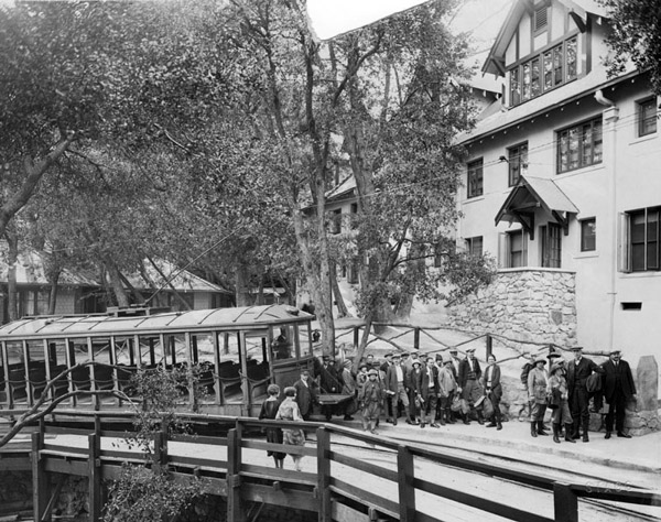 1936 view of Alpine Tavern, the terminus of the Mt. Lowe Railway. Courtesy of the Photo Collection, Los Angeles Public Library.