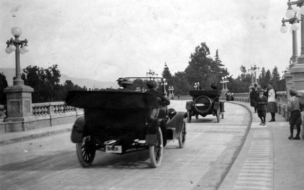 The Colorado Street Bridge shortly after its opening in 1913. Courtesy of the Herald-Examiner Collection, Los Angeles Public Library.
