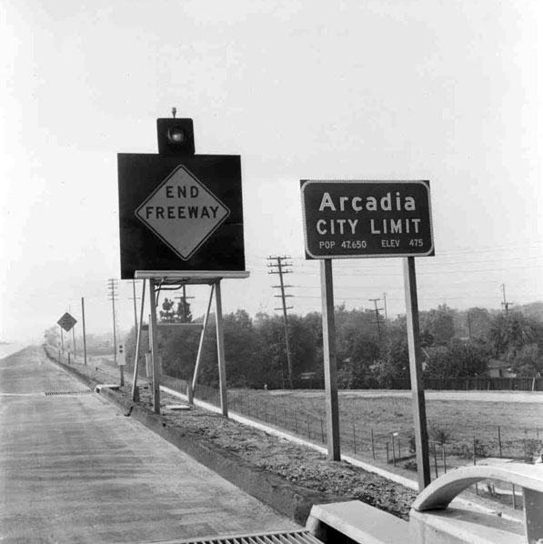 At the time this photo was taken circa May 1971, the Foothill Freeway ended at the Arcadia city limits. ID 1059. Courtesy of the Arcadia Public Library.