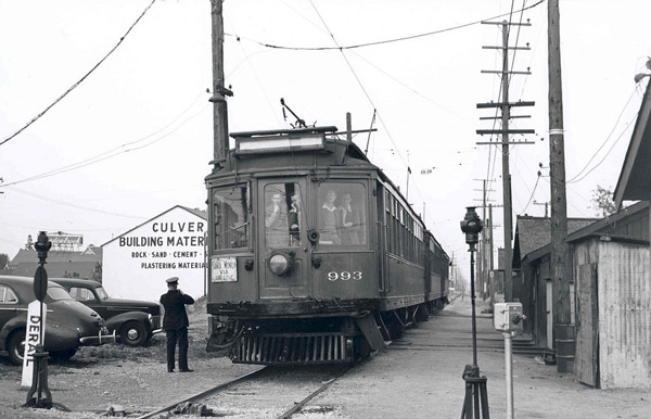 A Santa Monica Air Line car passes through Culver City in 1950. Courtesy of the Metro Transportation Library and Archive. Used under a Creative Commons license.