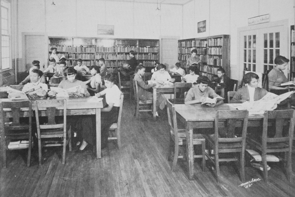 Alicestyne Tyson at the Lucy, Tennessee boarding school library, in 1953.